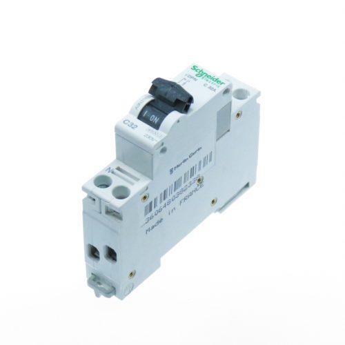 Siguranta automata pol+nul (F+N) 32A cod A9N21550 Schneider Electric
