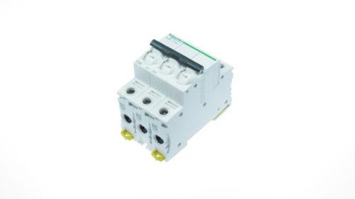 Siguranta automata 3poli (3P) 50A cod A9K24350 Schneider Electric