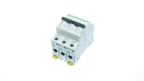 Siguranta automata 3poli (3P) 63A cod A9K24363 Schneider Electric